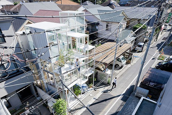 sou-fujimoto-architects-transparent-glass-house-tokyo-japan-top-view