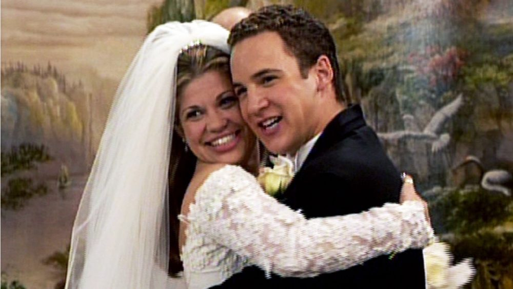 10 TV Couples Who Are #RelationshipGoals
