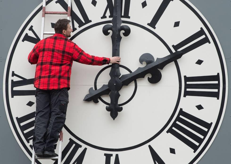 clock guy