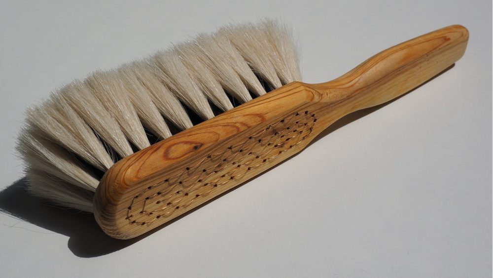 wooden handle soft eraser brush