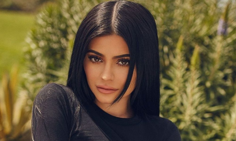10 Signs Of Kylie Jenner Doing A 180 Since Becoming A Mom