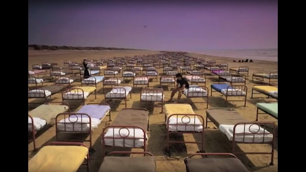 pink floyd albums a momentary lapse of reason