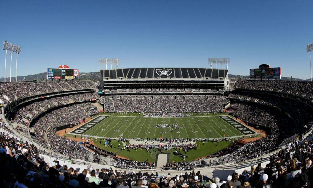 10 Funniest At NFL Stadiums