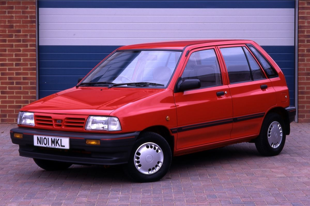Top 10 Worst Cars From The 90s
