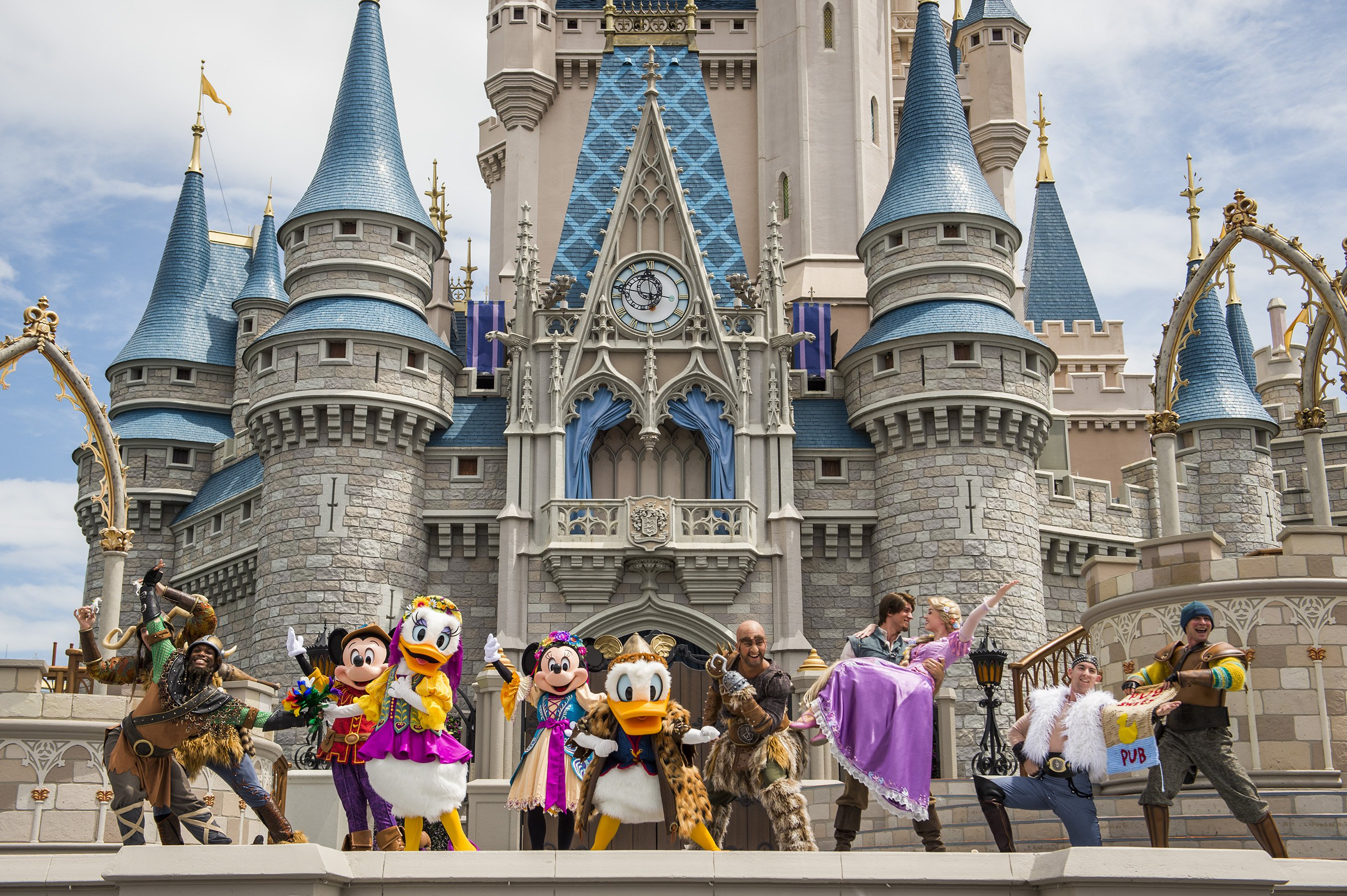 10 Things You Can't Do in Disney Parks