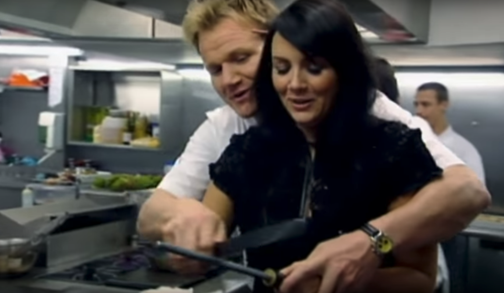 gordon ramsay and Martine McCutcheon knife sharpen