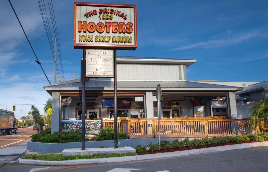 First Hooters restaurant in Clearwater Florida