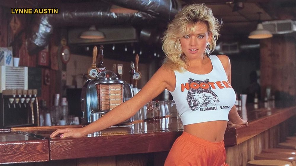 Lynn Austin posing for a hooters picture