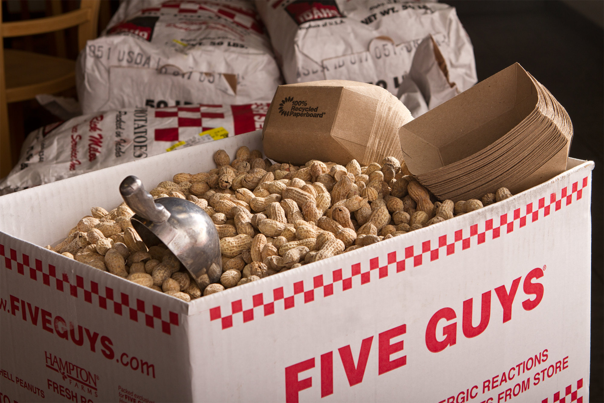 five-guys-peanuts