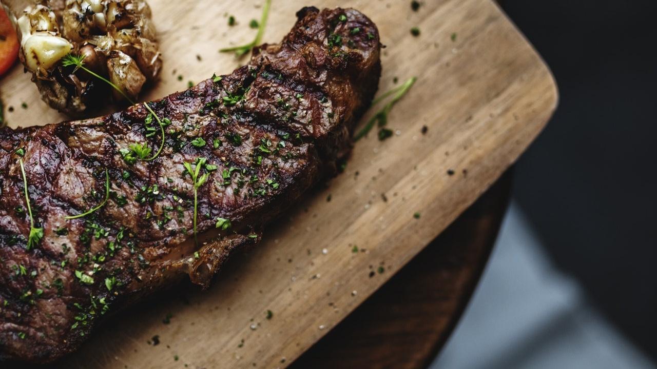 steak-on-cutting-board Cropped