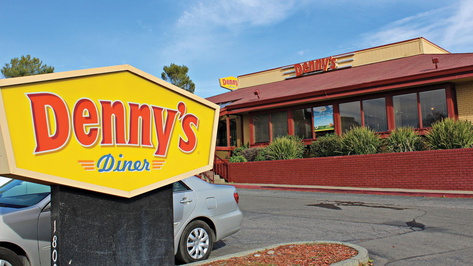 Denny's-diner