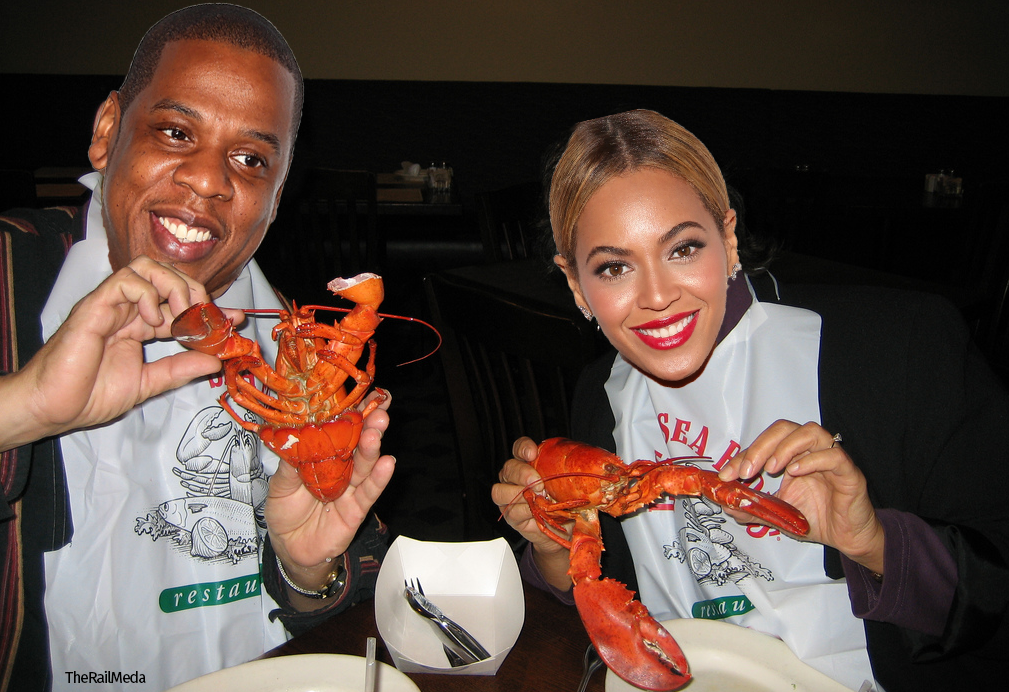 Jay-Z-and-Beyonce-red-lobster