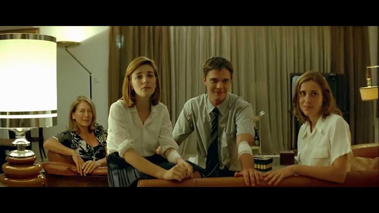 actors who did it dogtooth