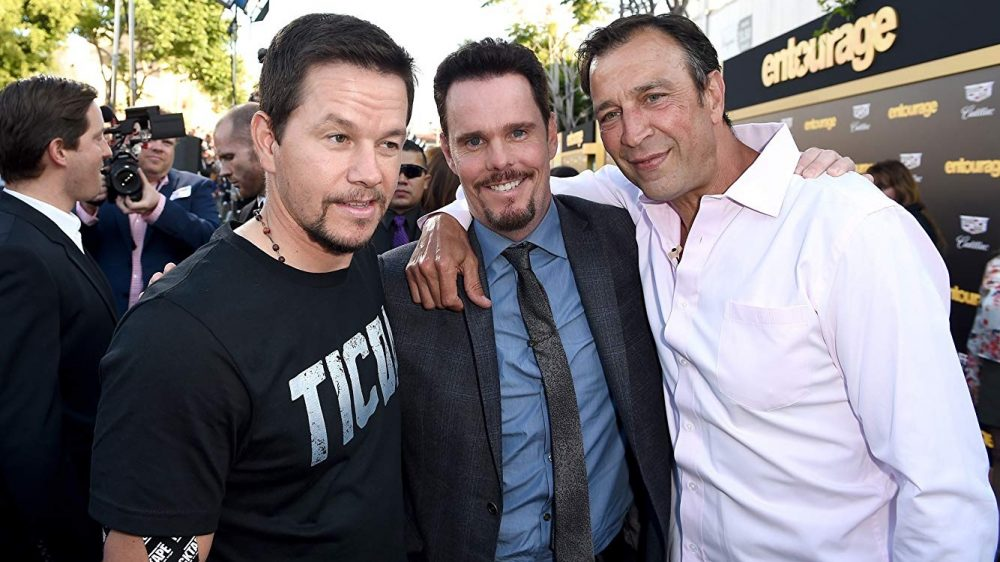 mark wahlberg with kevin dillon and johnny alves