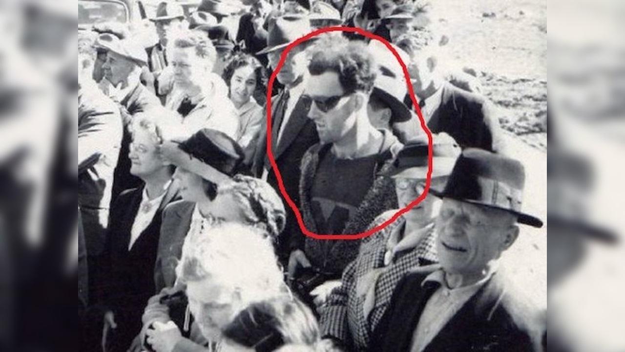 unexplained photos modern man 1941