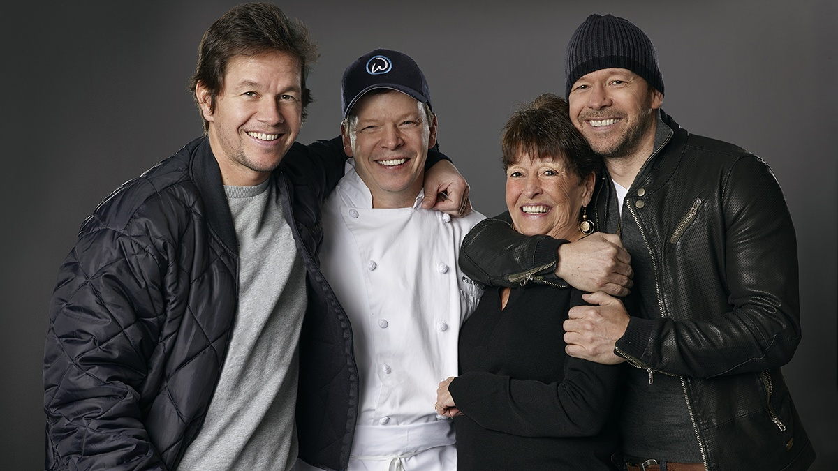 wahlberg-family Cropped