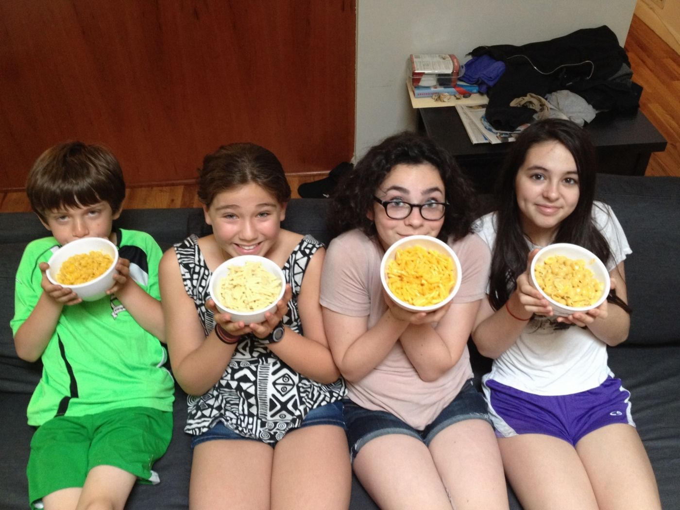 Kids with mac and cheese