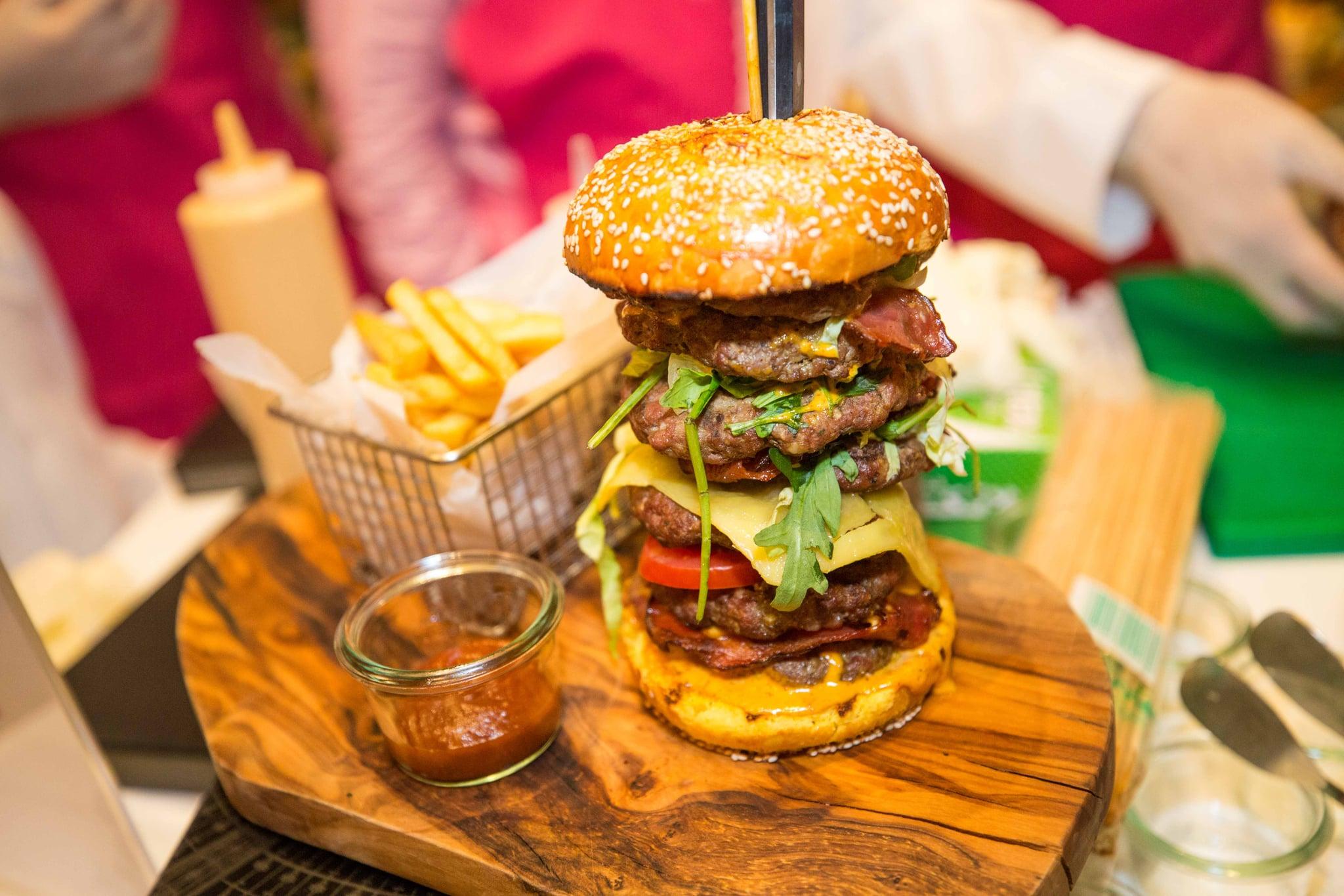 Seven-Emirates-Burger-Stack