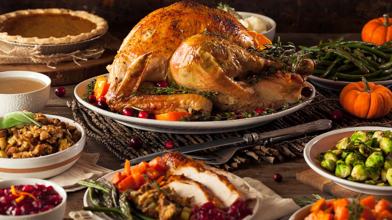 Top 10 Untold Truths Of Thanksgiving Dinner