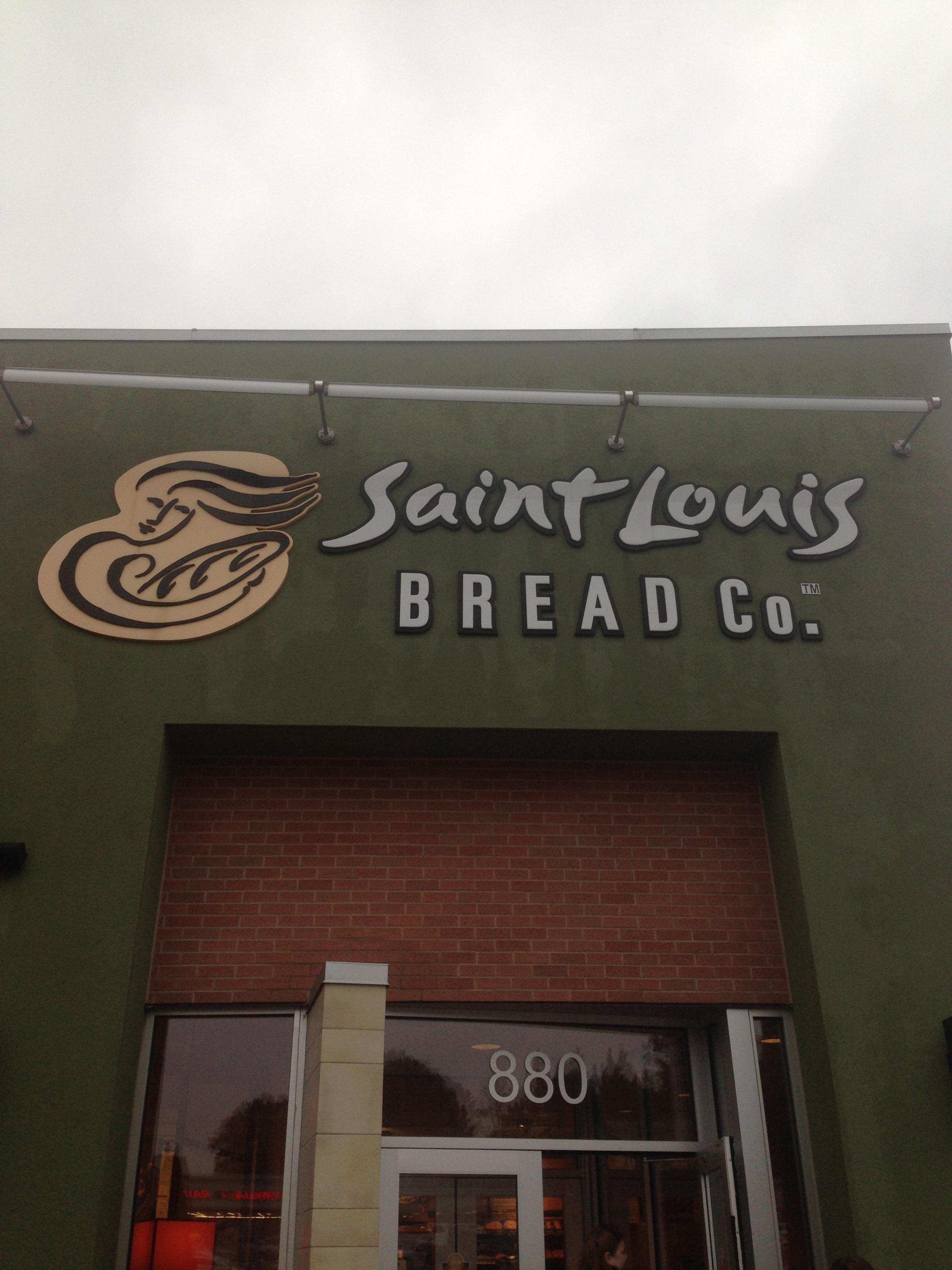 Saint-Louis -Bread-Co.