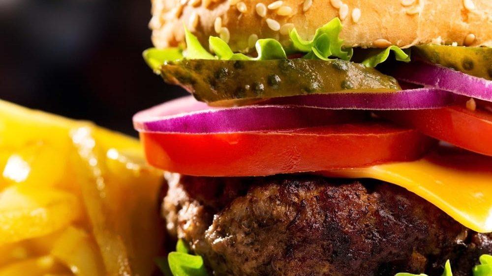 Top 10 Fast Food Restaurants We Wish We Had In America (Part 2)
