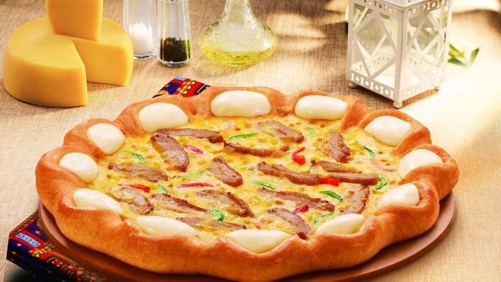Top 10 Reasons Why Pizza Hut is Popular in China