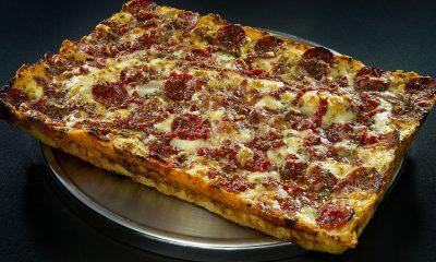 Pepperoni pizza Buddy's deep dish