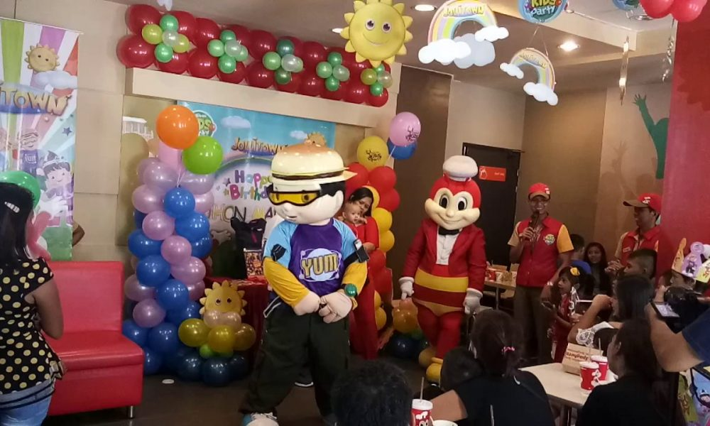 Top 10 Untold Truths About Jollibee's