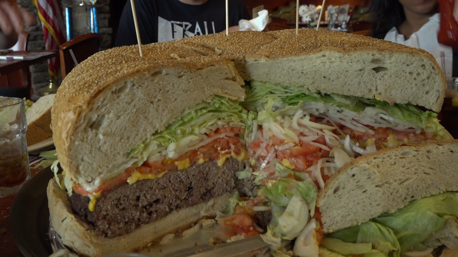 Top 10 Largest Burgers Ever Made