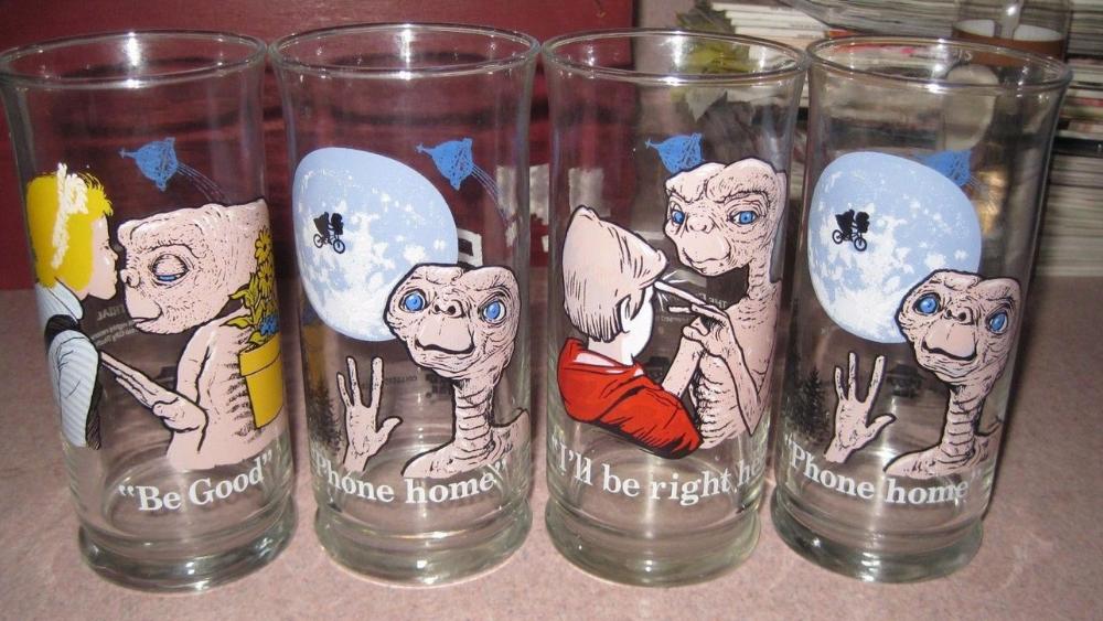 Pizza Hut's E.T. the Extra-Terrestrial Glasses