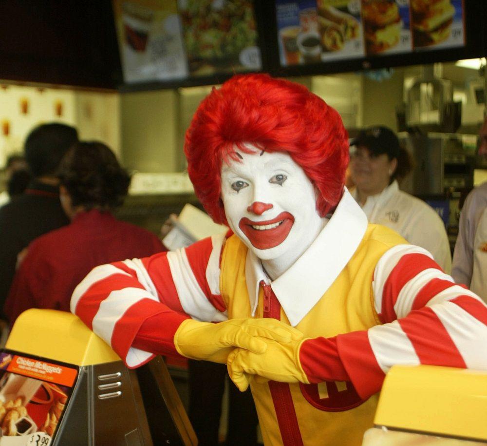Ronald McDonald Actor Perks