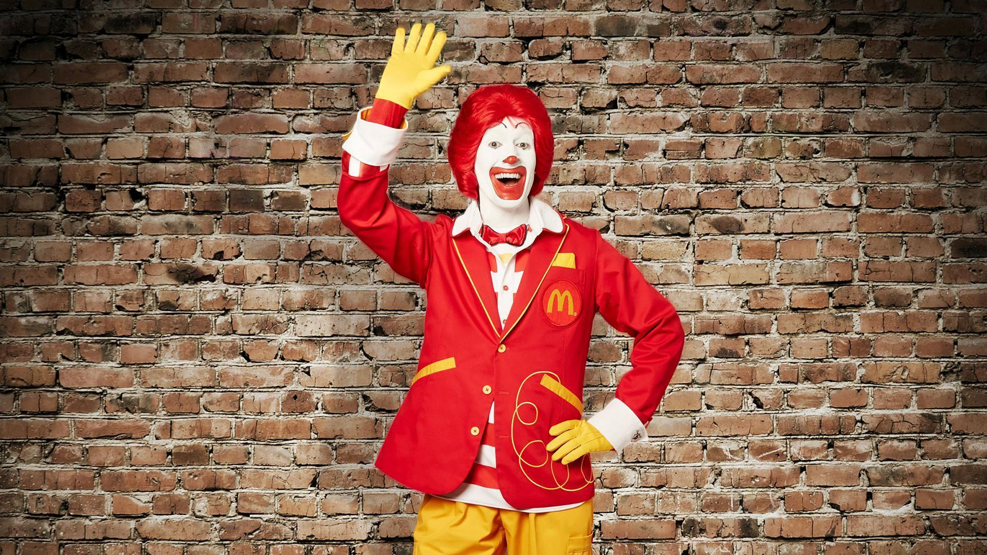 Ronald Mcdonald actors need to sign a waiver