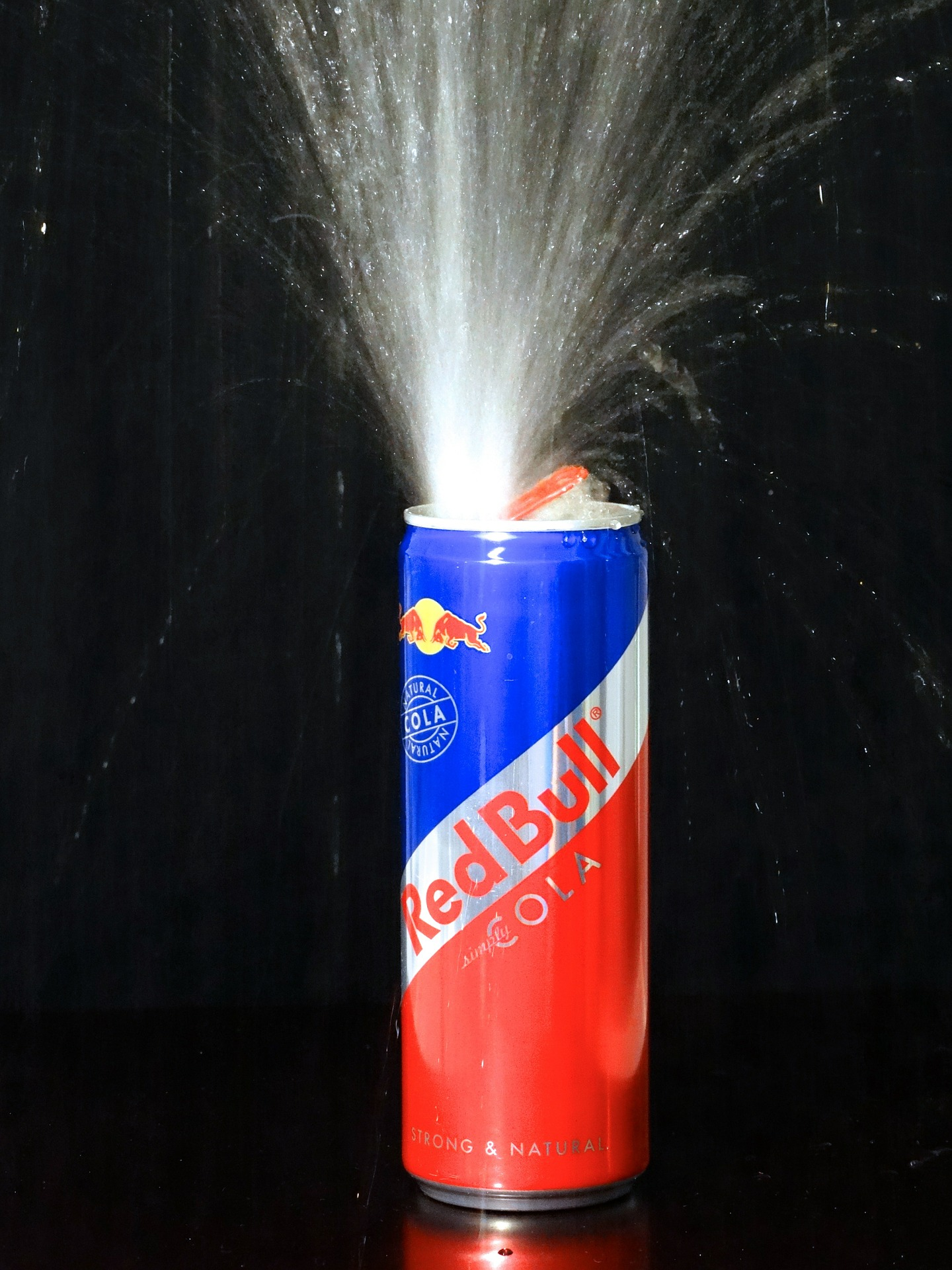 Red Bull Simply Cola can