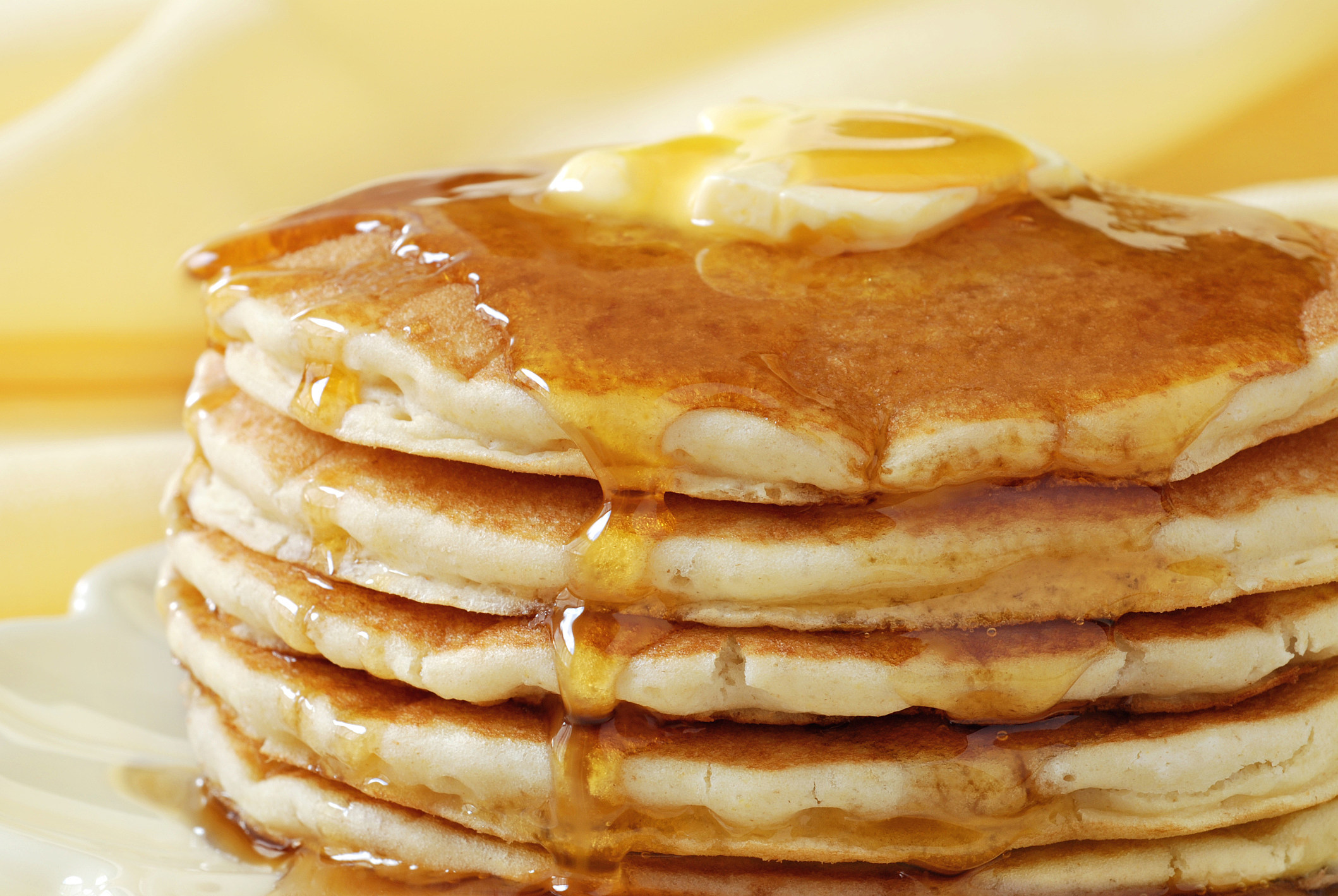 pancakes-with-butter-and-syrup