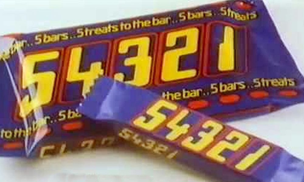 10 Discontinued Chocolate Bars We Miss