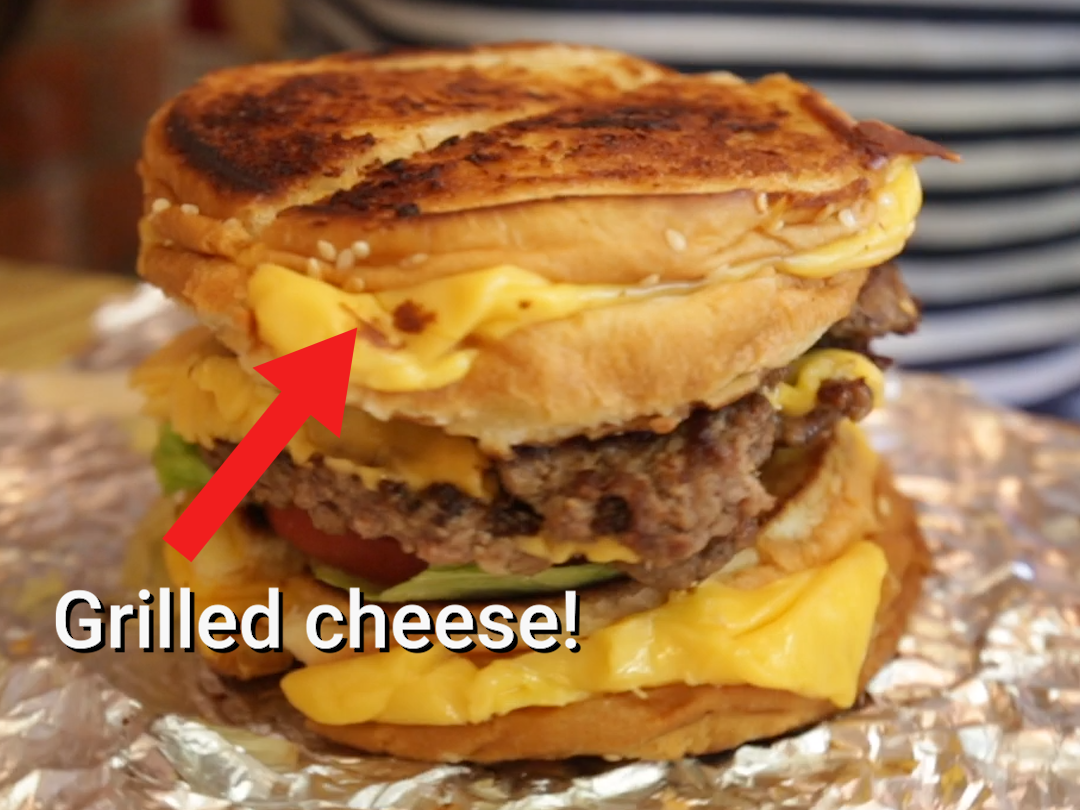 Grilled-cheese-cheeseburger-five-guys