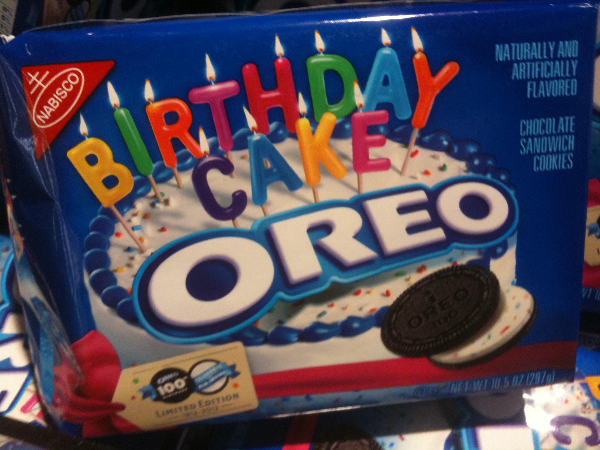 birthday cake oreo pack