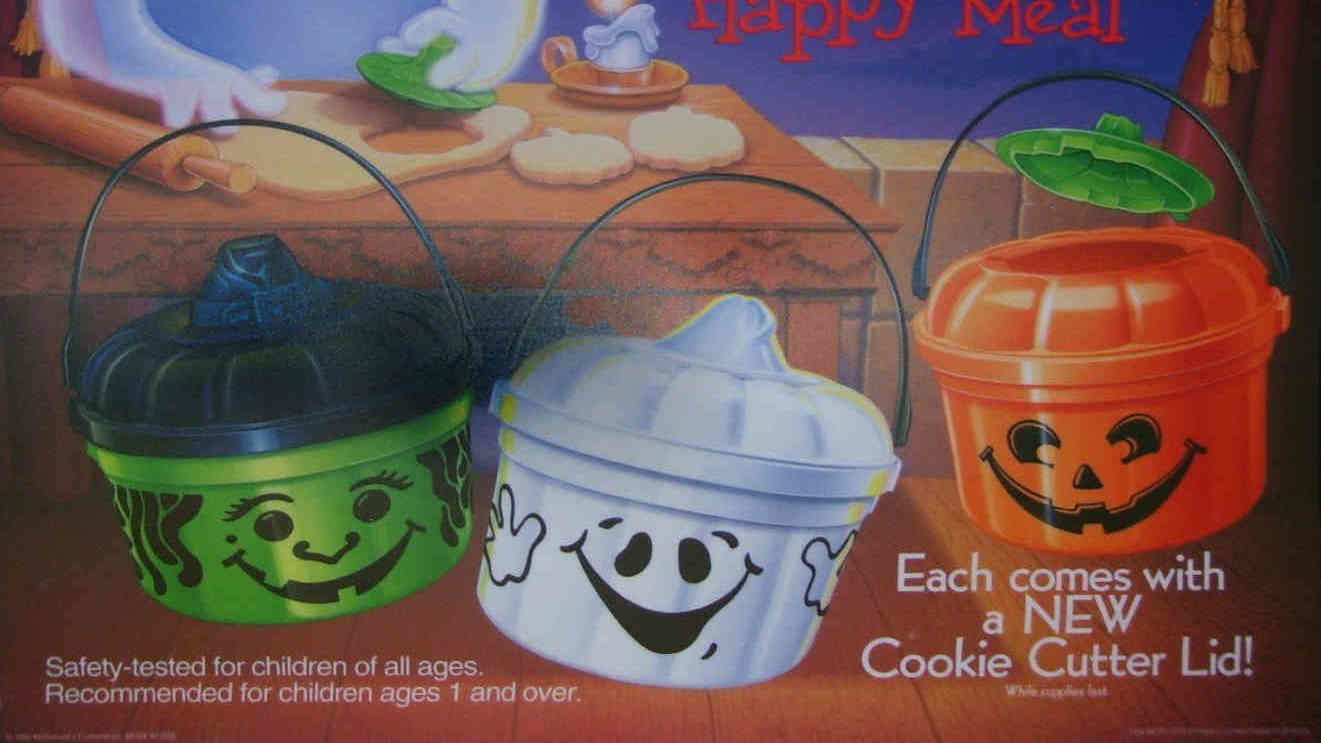 Halloween-pails-happy-meal