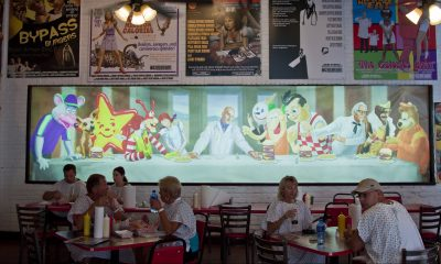 last supper mural in Heart Attack Grill