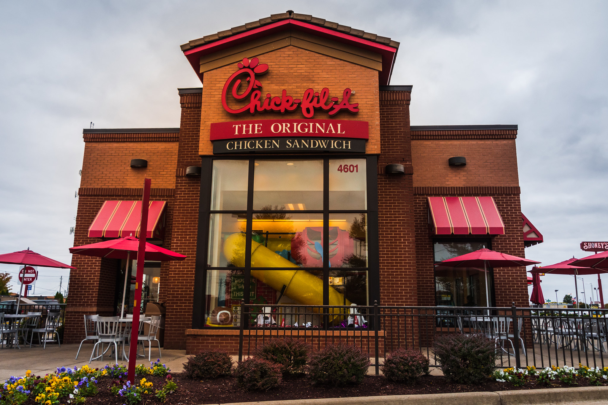 Chick-fil-A outlet exterior