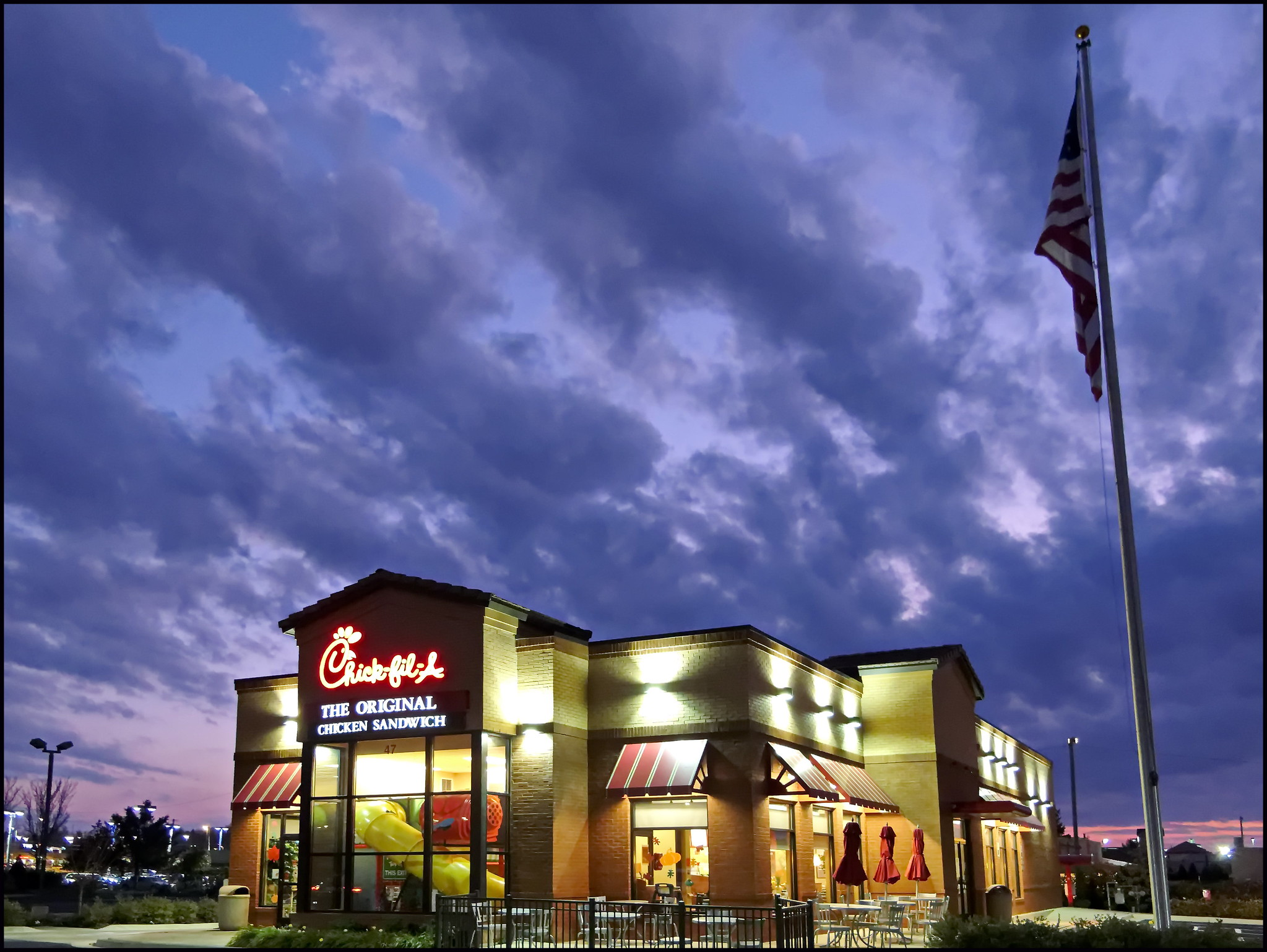 chick-fil-a outlet at night