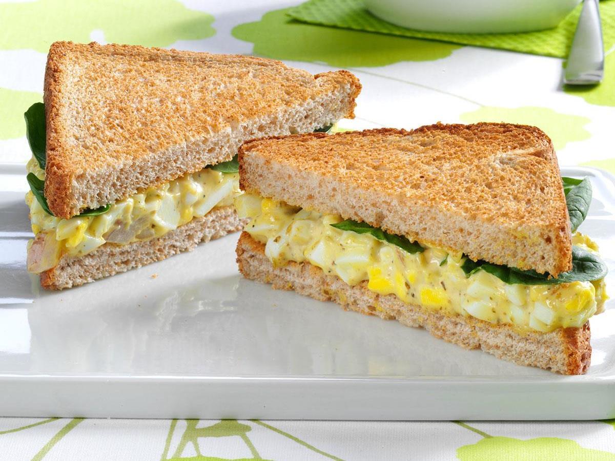 Pesto-Egg-Salad-Sandwiches_exps89693_THHC2377559B01_09_3b_RMS