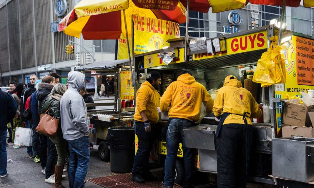 Top 10 Untold Truths Of The Halal Guys