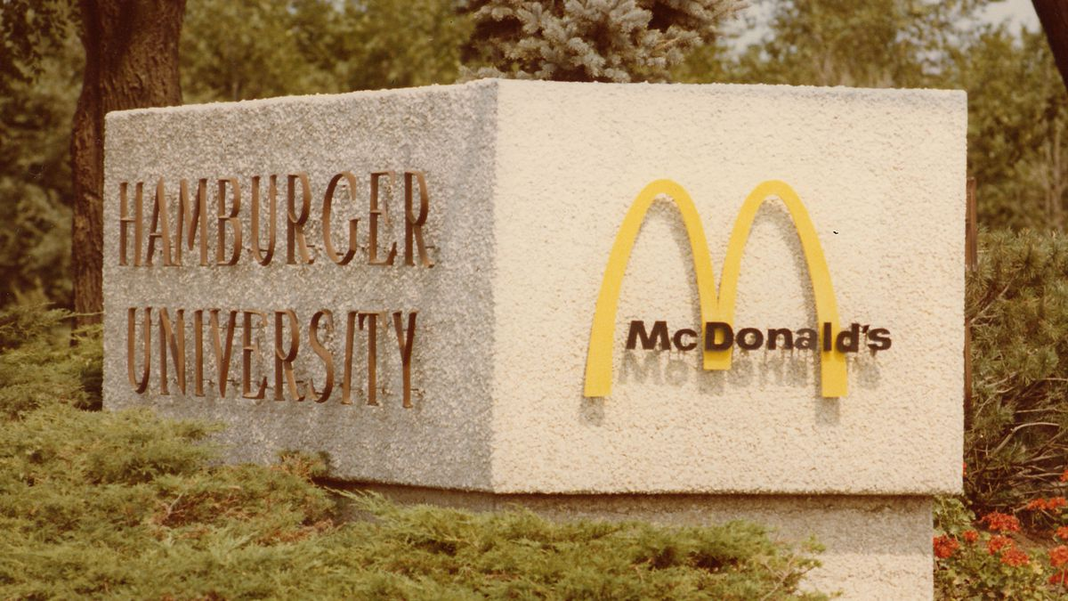 hamburger-university-mcdonalds.0.0