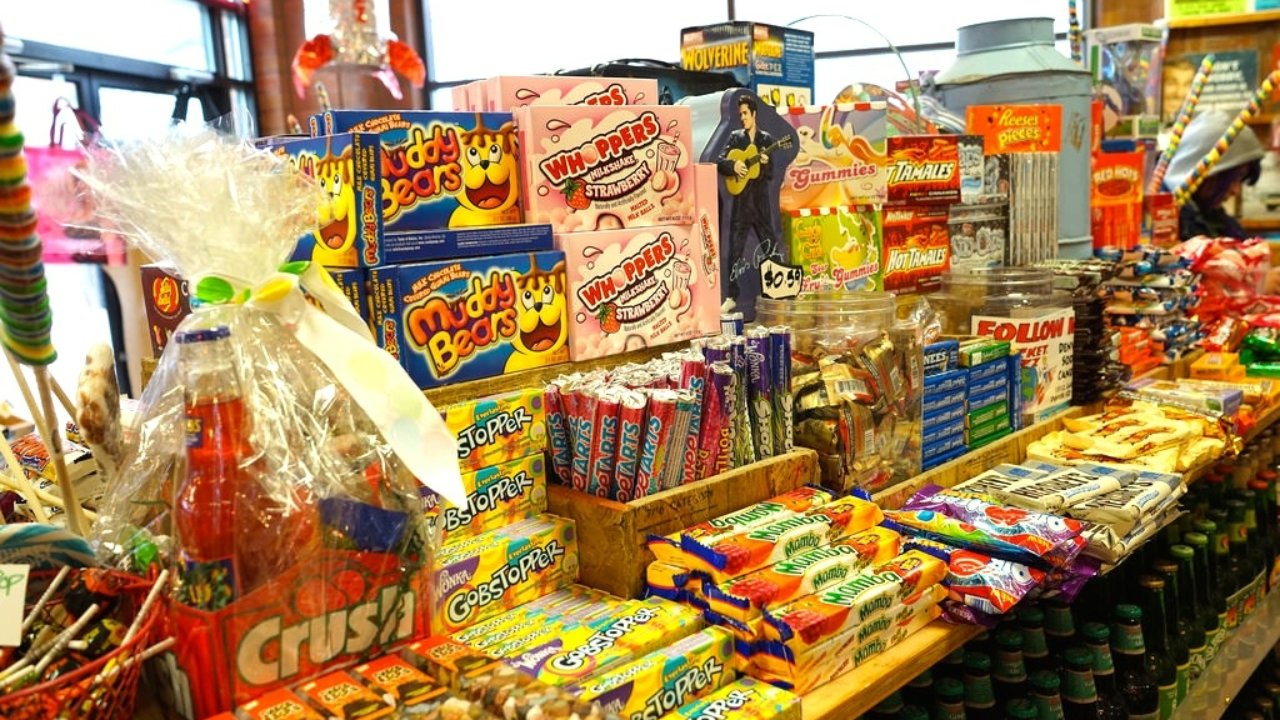 Top 10 Discontinued Snacks Americans Miss The Most