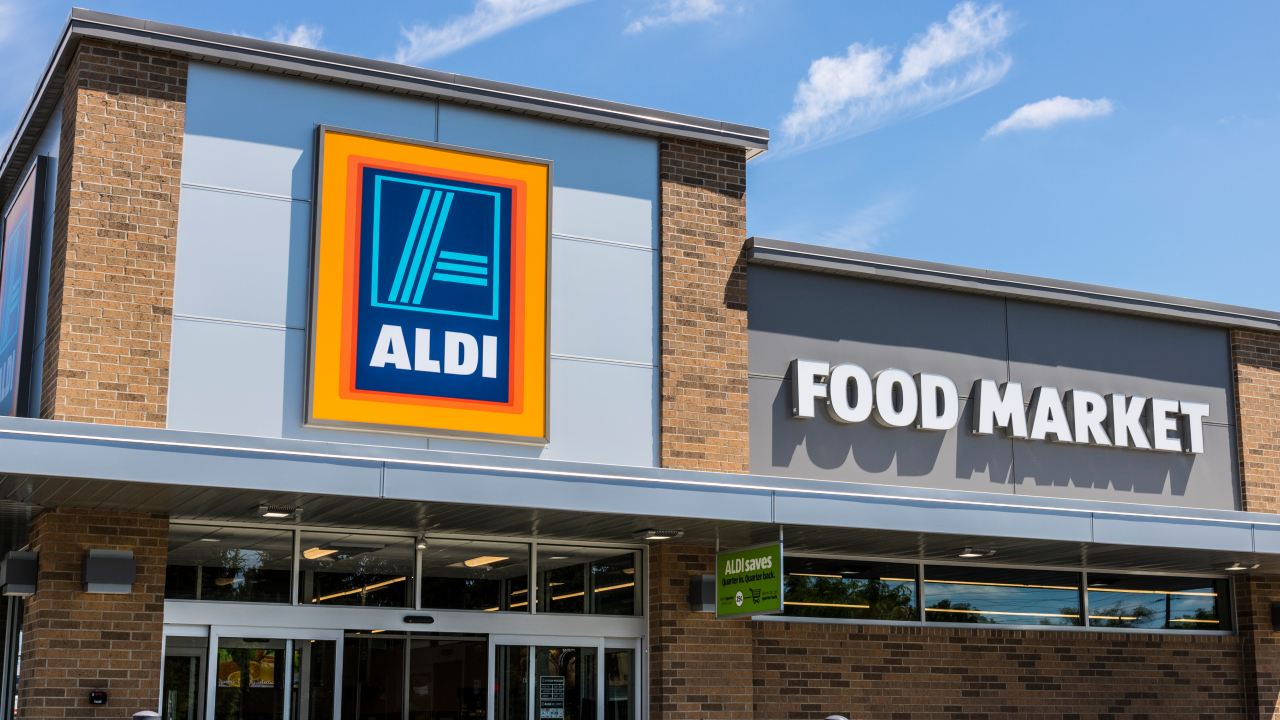 10 Things You Should ALWAYS Buy At Aldi!