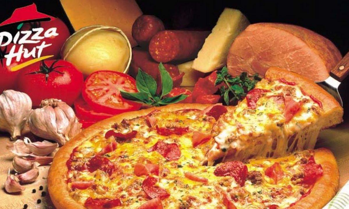 Pizza Hut 90's Advertisement